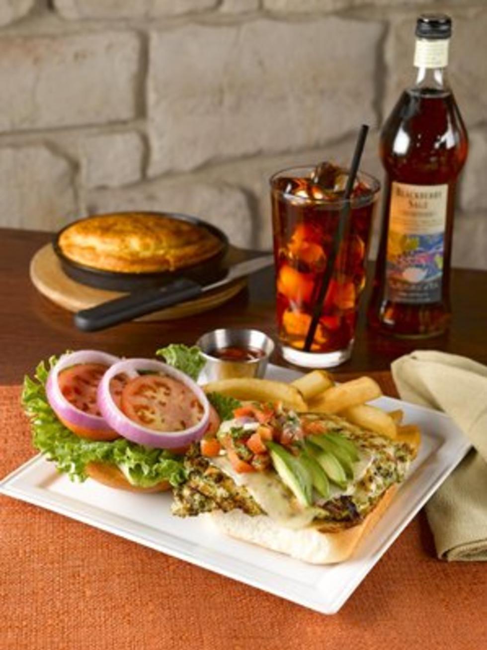 Austin Photo: Places_Food_ztejas_chicken_sandwich