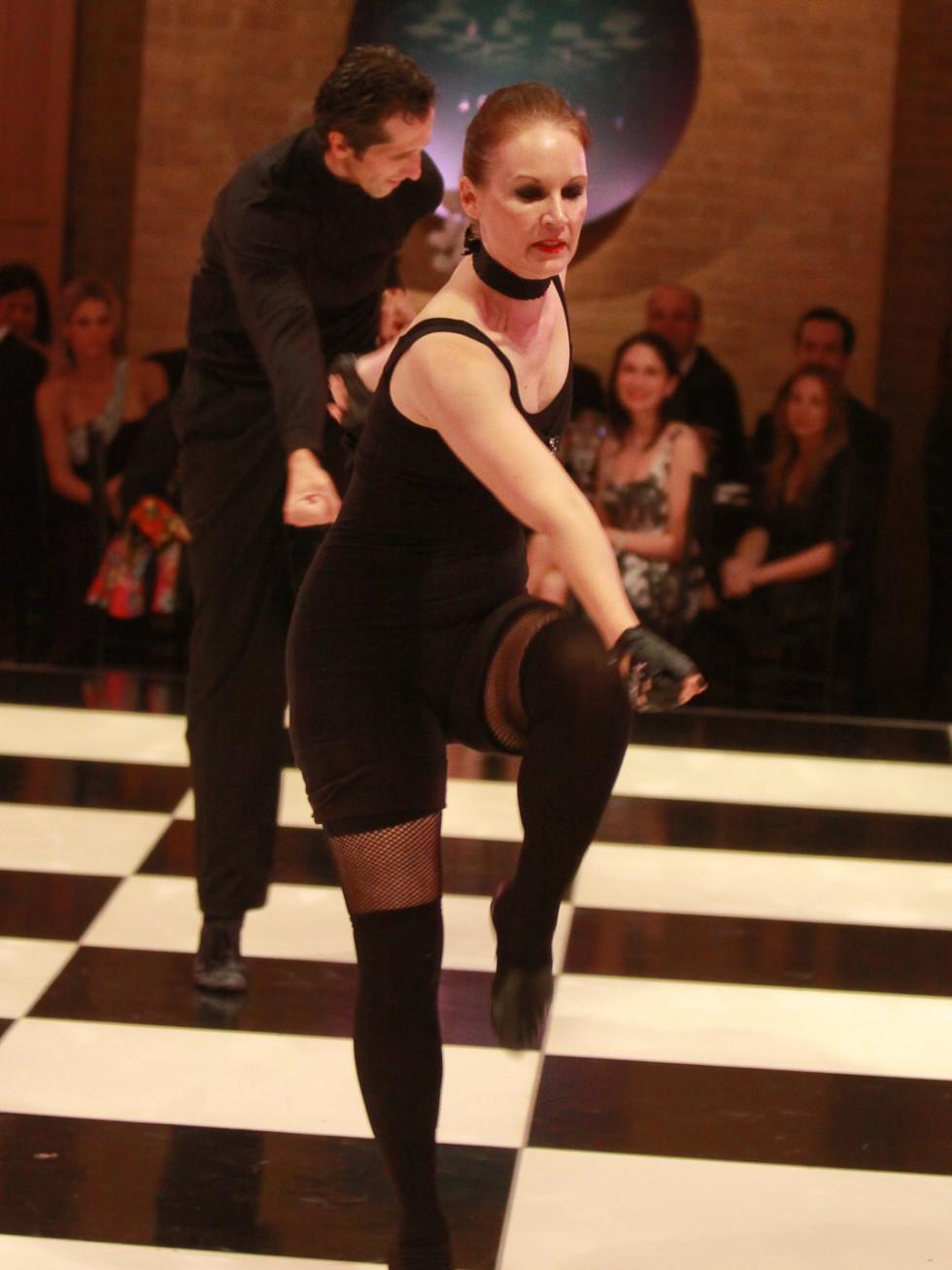 News_Dancing with Houston Stars May 2011_Beth Muecke_Adrian Ciobanu
