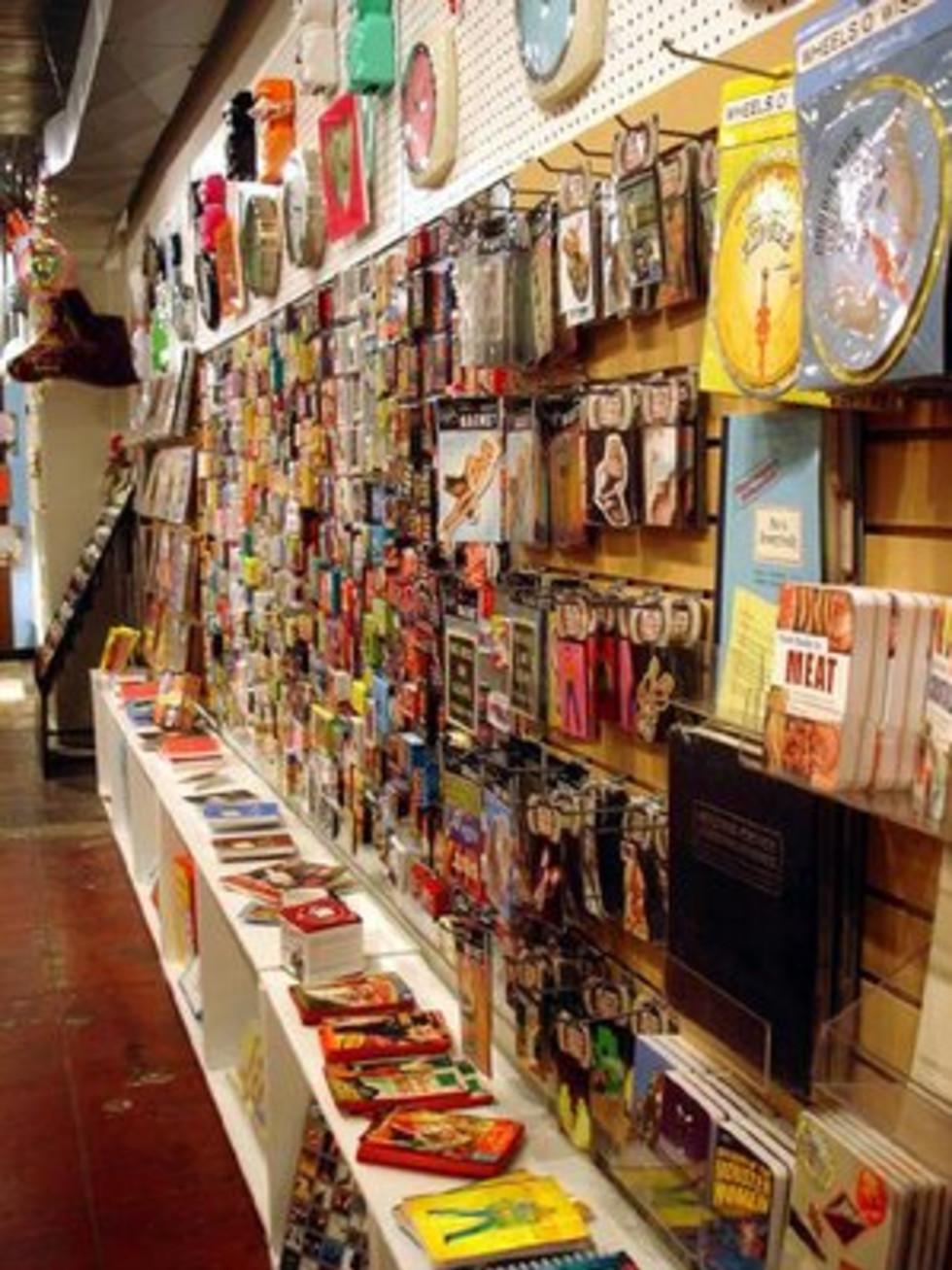 Austin Photo: Places_shopping_monkey_see_monkey_do_interior