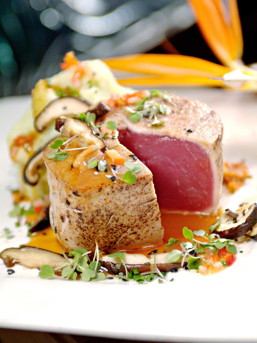 Places-Food-Eddie V's Prime Seafood tuna steak