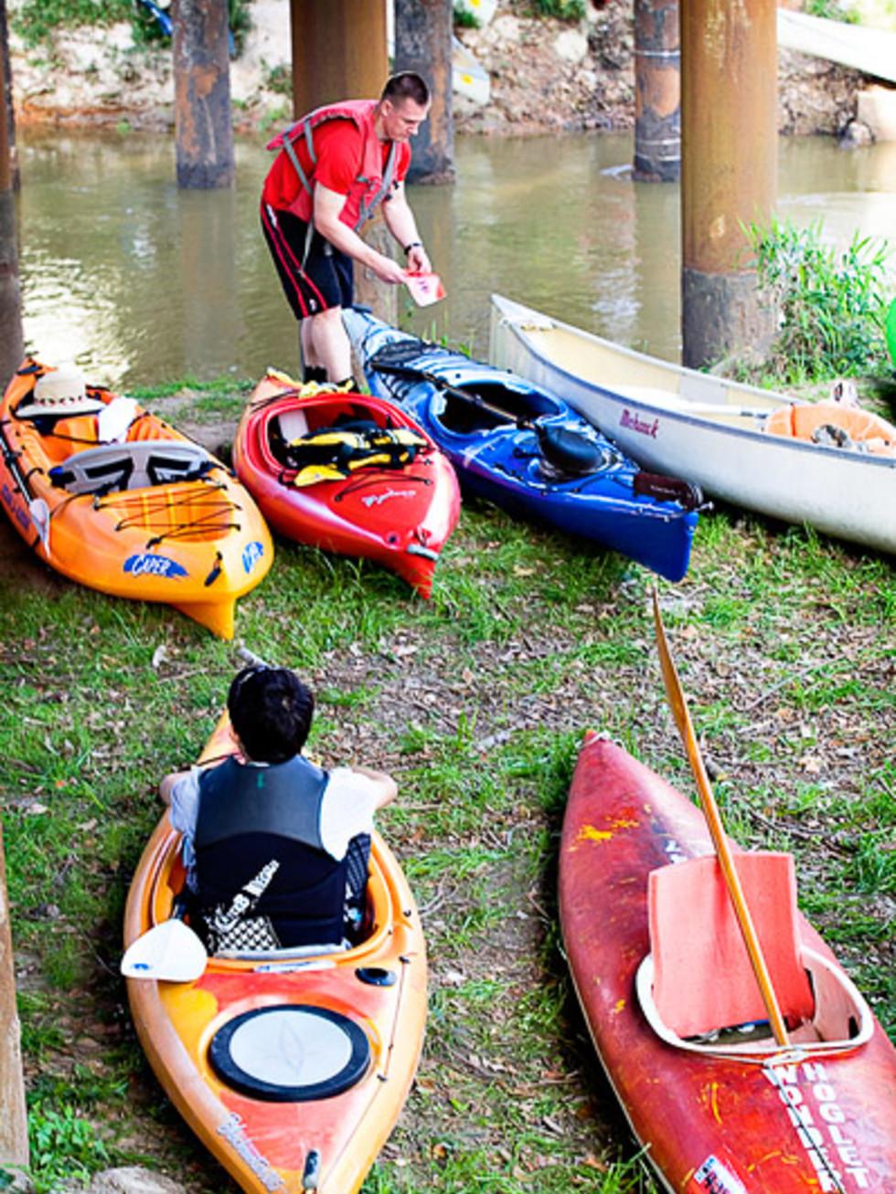 News_Buffalo Bayou Regatta_preparing