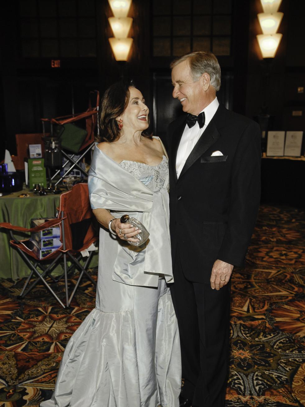 News_Symphony Ball_March 2010_ç