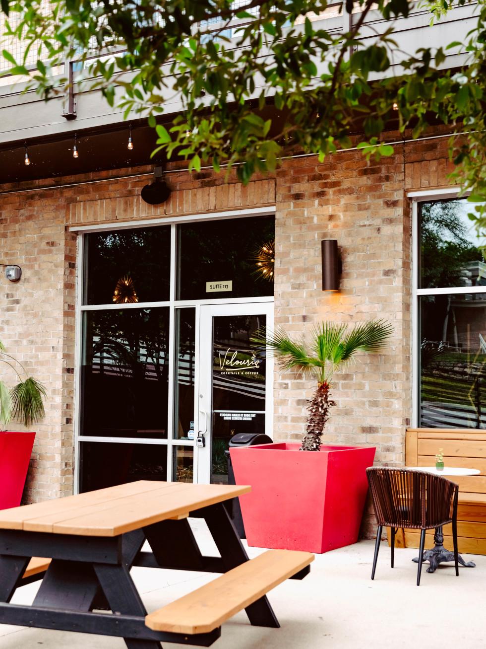 Velouria Austin exterior