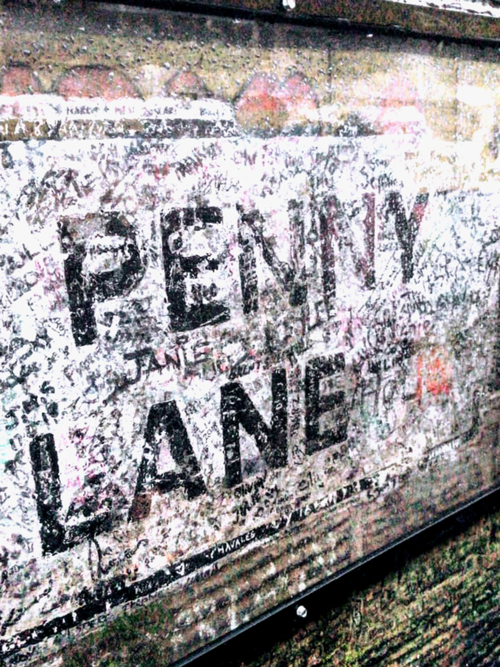 Magical Mystery Tour bus Liverpool Penny Lane
