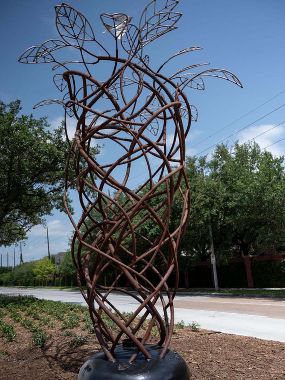 Galleria sculpture Whirlwind