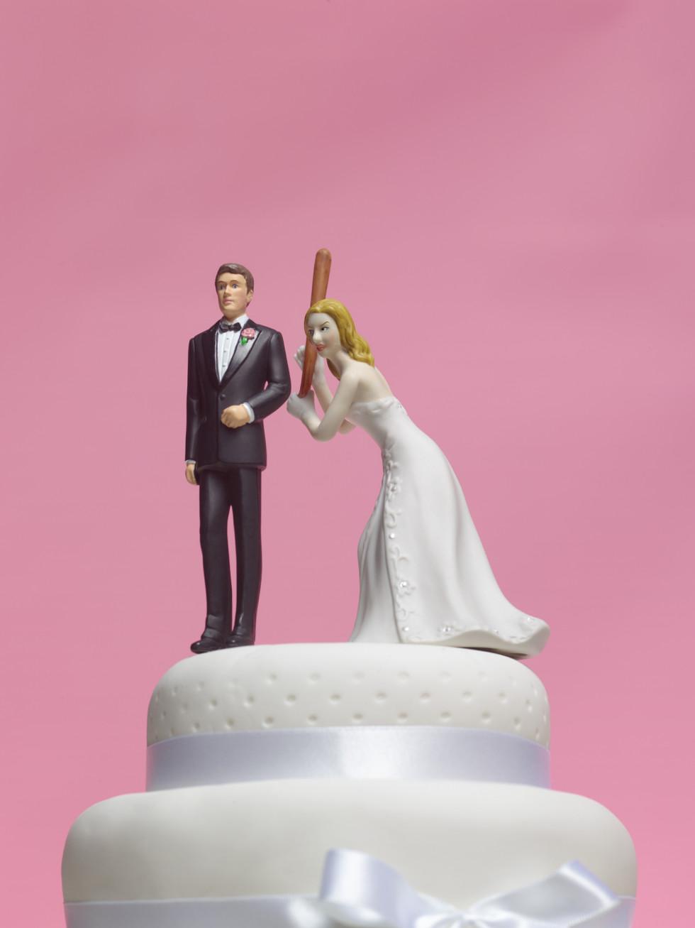 Wedding cake topper bride baseball bat funny divorce
