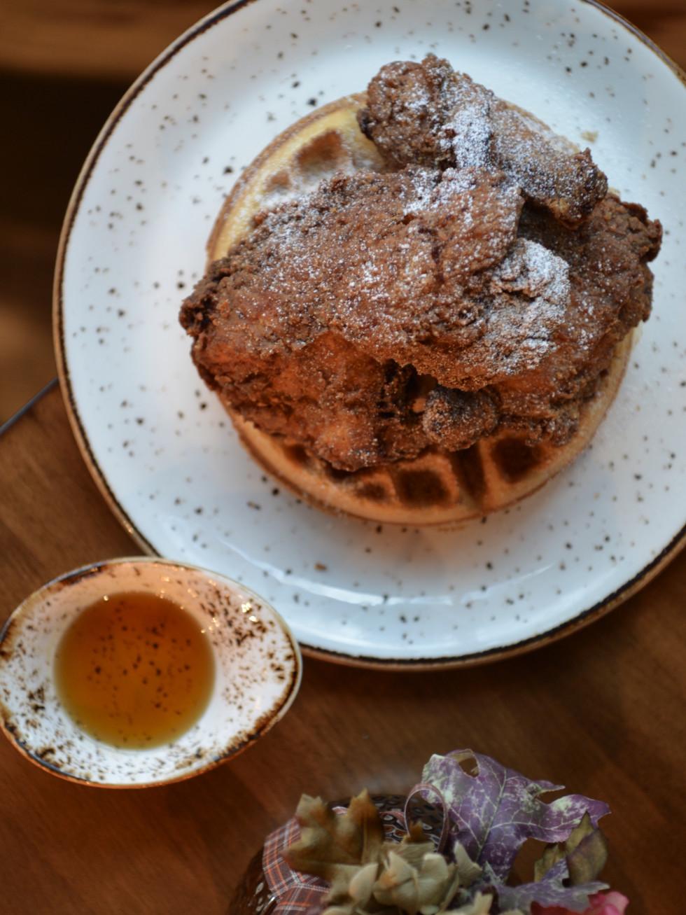Killen's restaurant chicken and waffle brunch