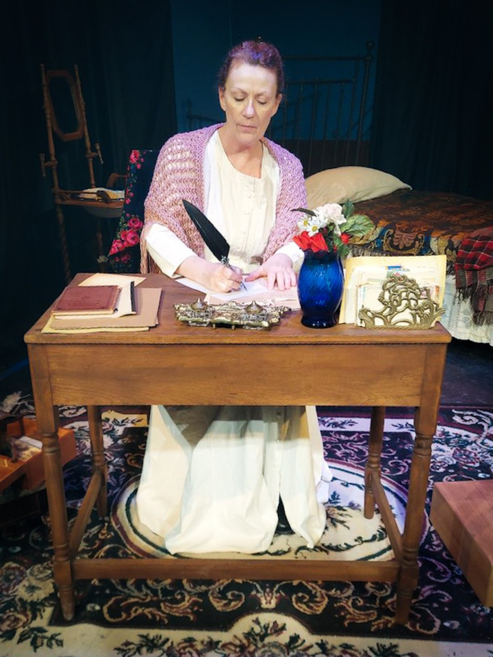 Mesquite Arts Theatre presents The Belle of Amherst