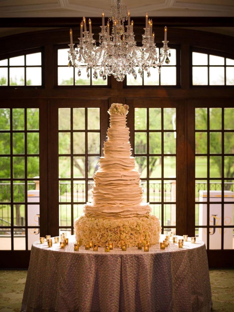 Hallam wedding cake