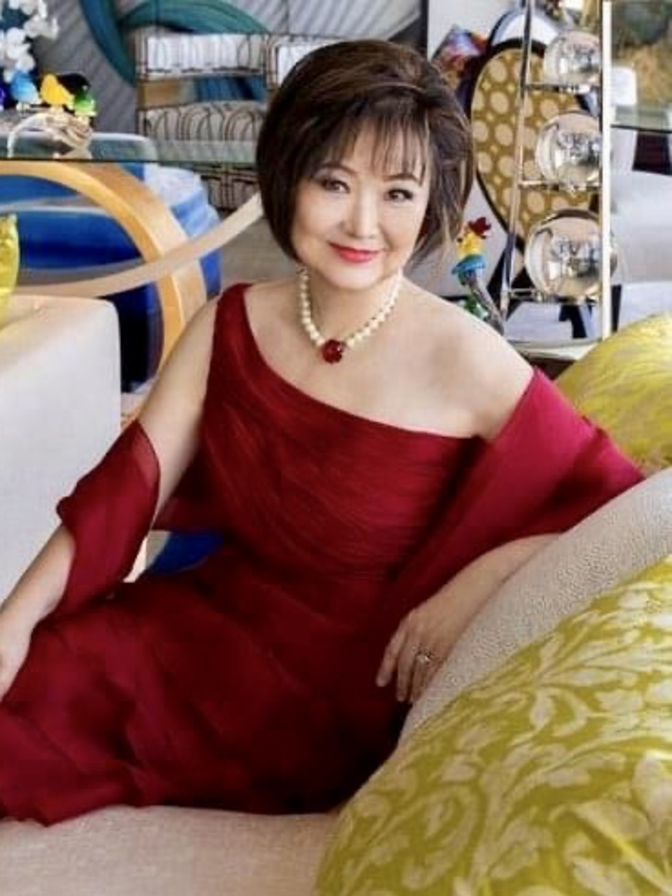St. Jude Gold Soiree Theresa Chang