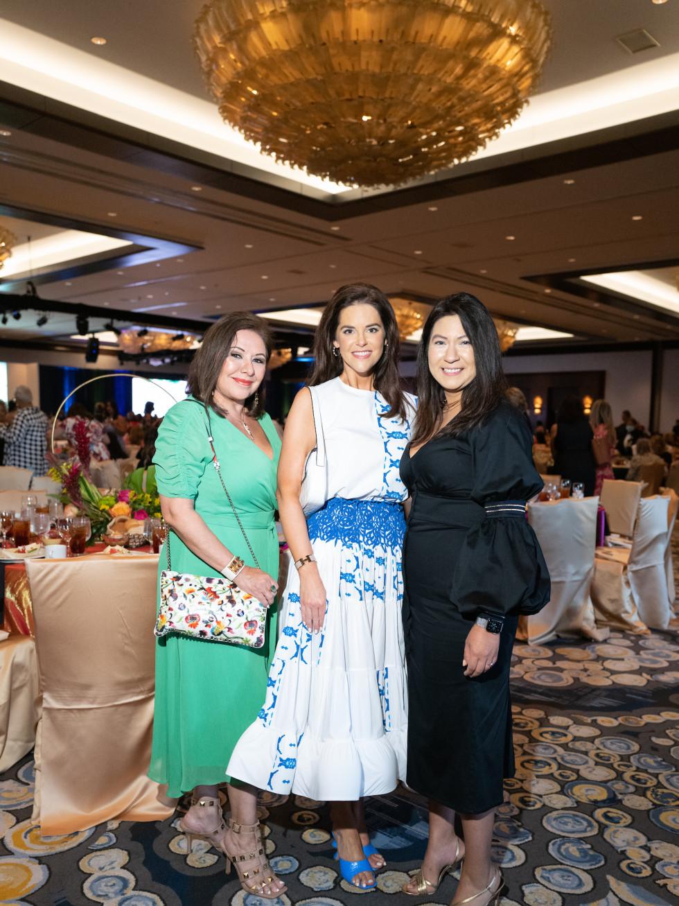 LWI Houston 2021 fashion show luncheon Debbie Festari, Ann Ayre, , Ileen Martinez