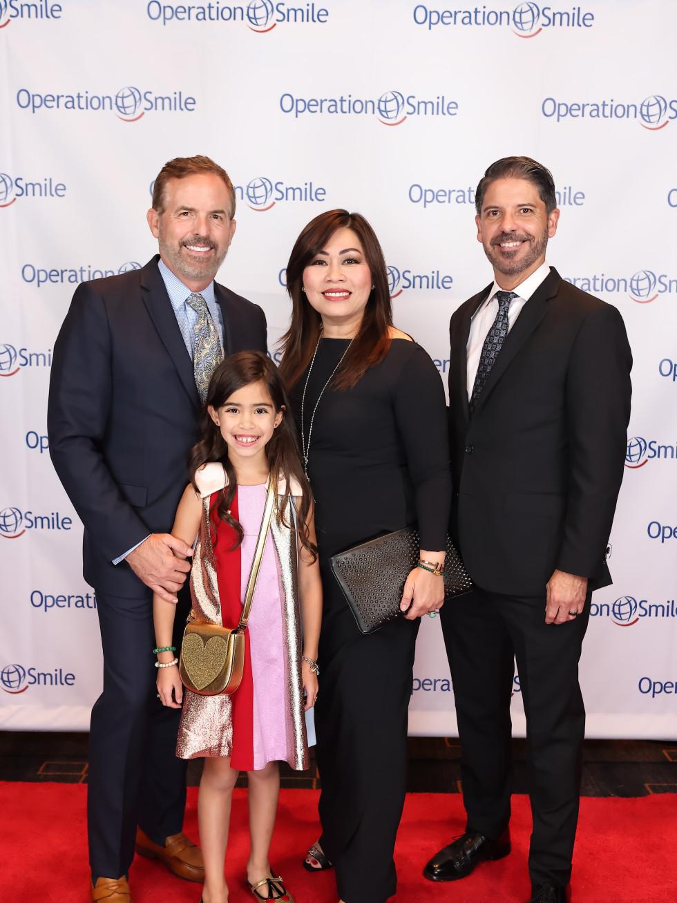 Operation Smile Gala 2021 Matt Holley Isabella Santini Hoang Dr, Dane Hoang Dr, Noel Santini