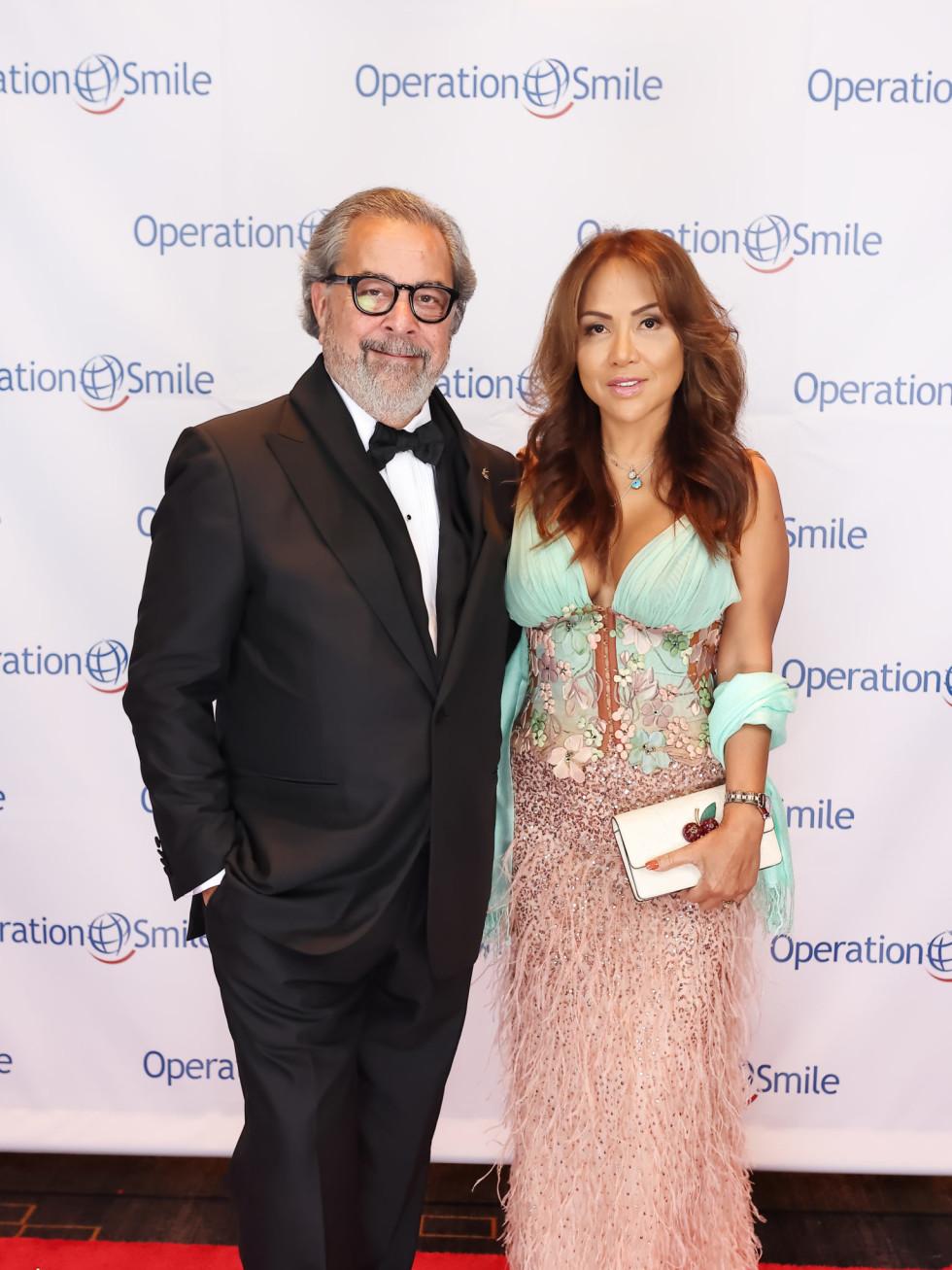 Operation Smile Gala 2021 Universal Smile Award honorees Kent Schaffer Shara Kuy