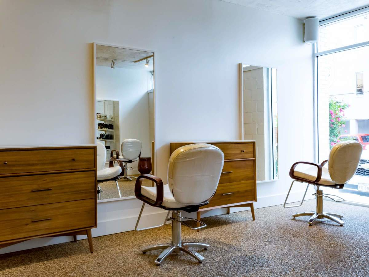 Peachy The Top Hair Salons In Dallas To Keep Your Tresses Looking Gmtry Best Dining Table And Chair Ideas Images Gmtryco