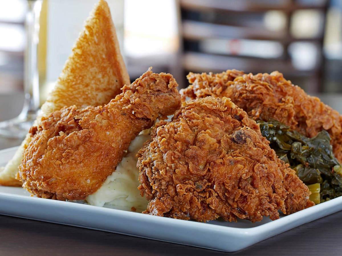 Fort Worth Fried Chicken Restaurant Max S Wine Dive Flies