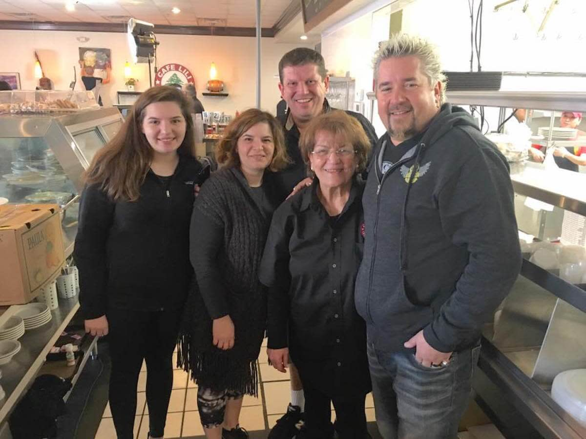 Guy Fieri films Diners, Drive-Ins and Dives at 6 Houston ... on guy diners and dives, drivers diners and dives, car drivers drive-ins dives, 13 gypsies jacksonville diners and dives, diners and dives locations in hawaii,