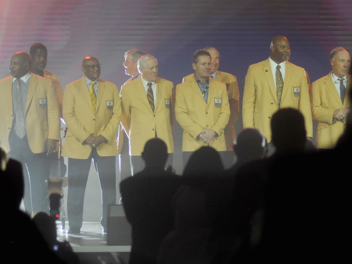 best website bf7b7 590b6 Pro Football Hall of Famers and McNairs shine at Luminaries ...