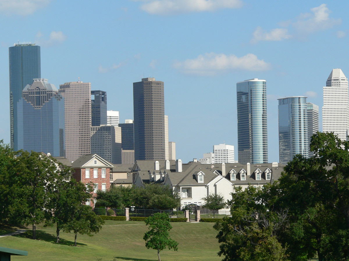 Airbnb Lets Potential Houston Homebuyers Try Out New