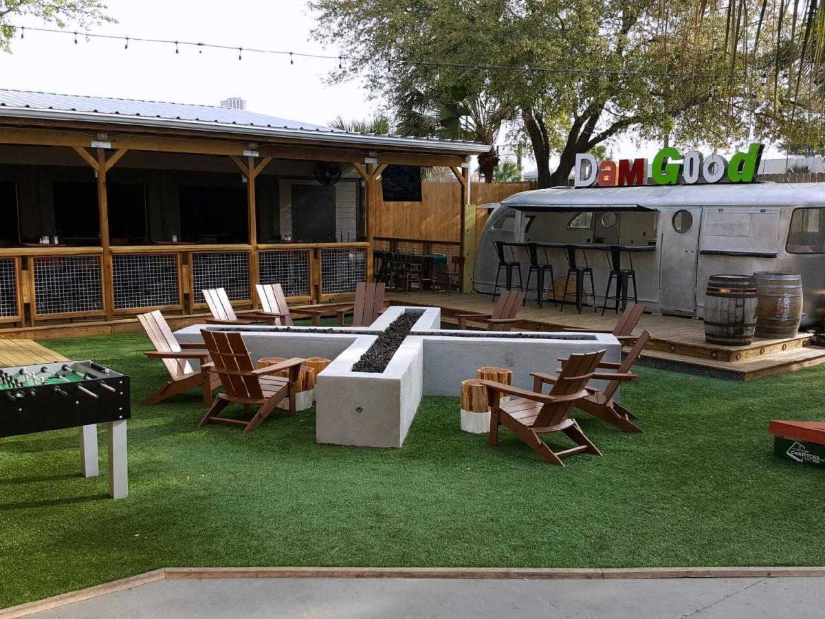 Houston new patios april 2017 beavers westheimer