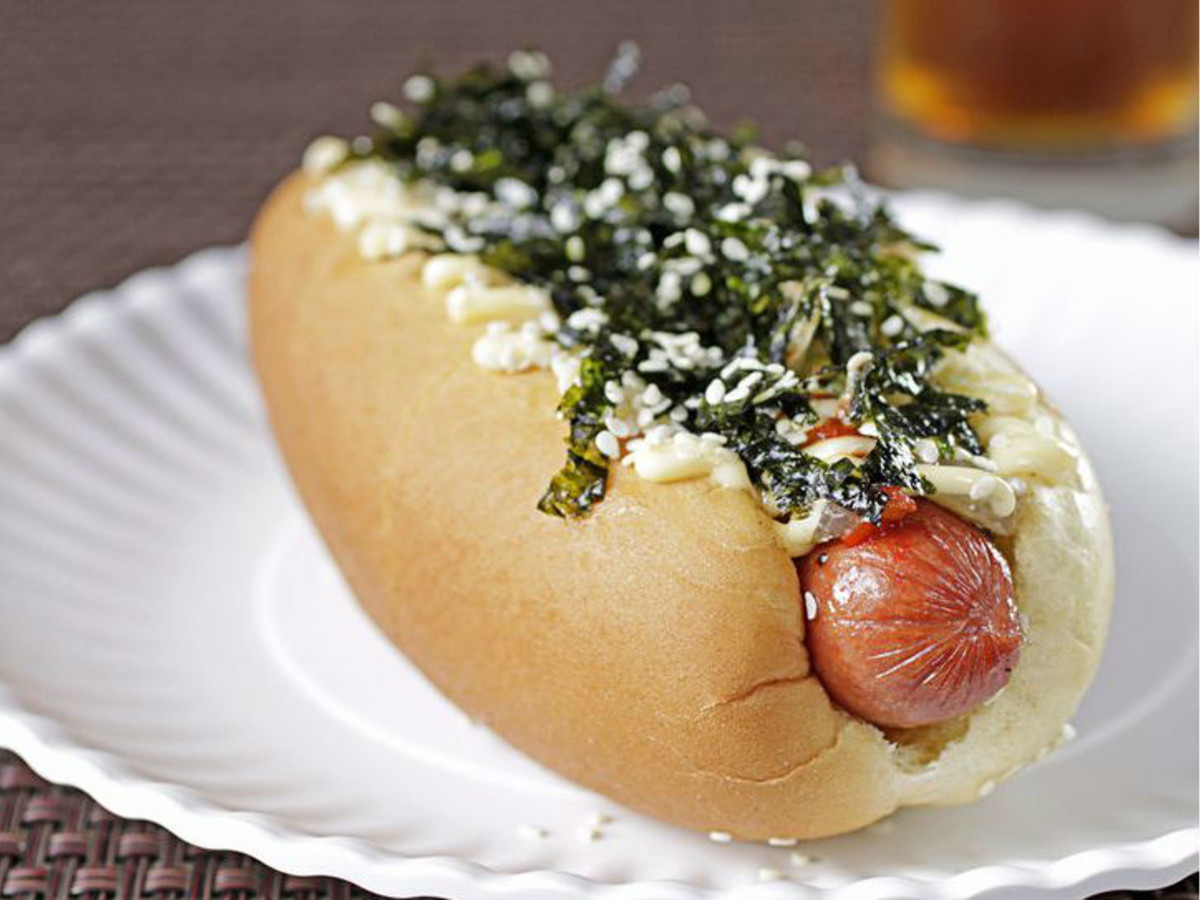 Fun Japanese Restaurant Fuses Hot Dogs And Buns For Smu