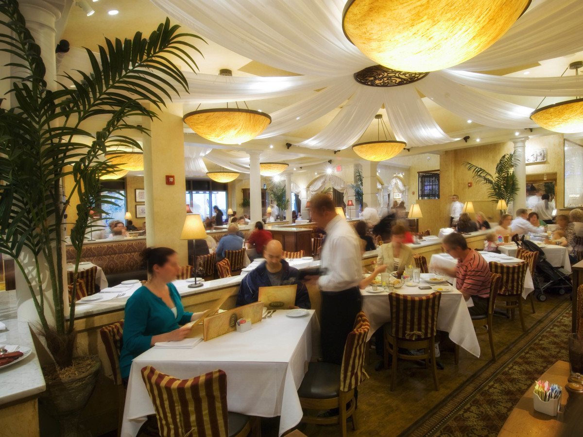 Can Brio Tuscan Grille Make Waves In Houston S Perfect Storm