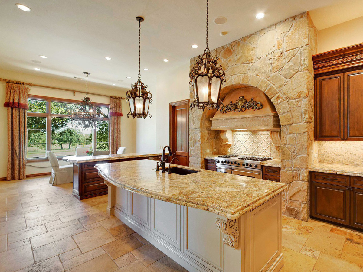 Slideshow Rock Star S Texas Home Hits The Market For A