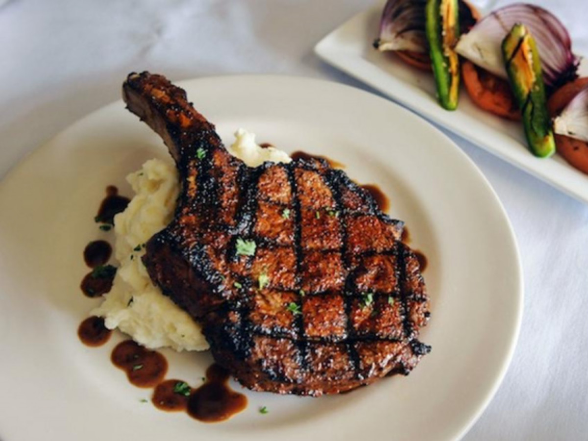 The Best Steakhouses In Austin For A Meal That S A Cut Above
