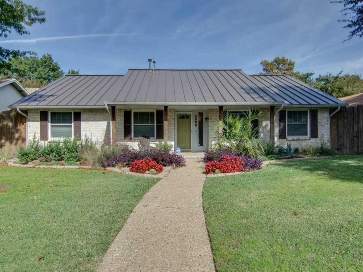 8a35b95163 Trendy topper on remodeled Dallas rambler contradicts $250,000 price ...