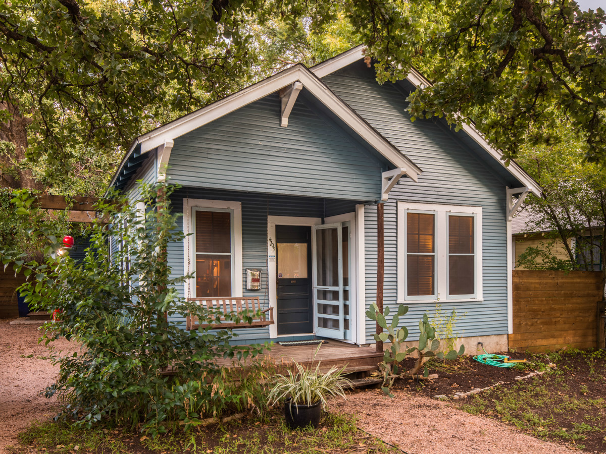 Superb Here Are The 10 Most Popular Austin Neighborhoods To Rent A Home Interior And Landscaping Pimpapssignezvosmurscom