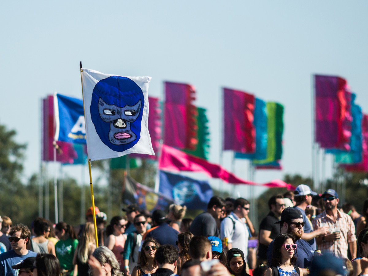 12 weirdest and funniest flags rise above the rest at ACL