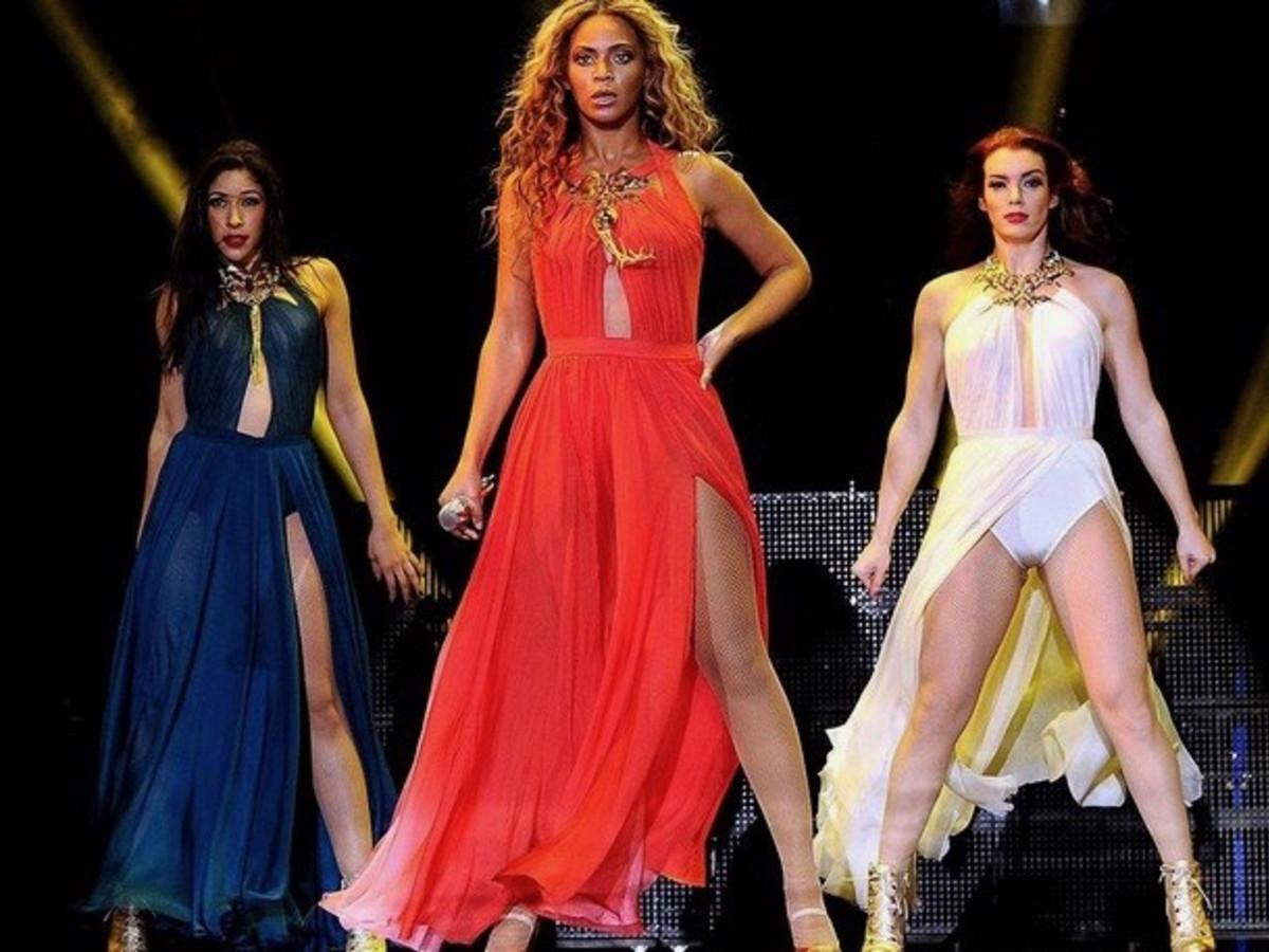 b31eaaeb62c Beyoncé s design darling pushes bridal envelope with Hollywood charm ...