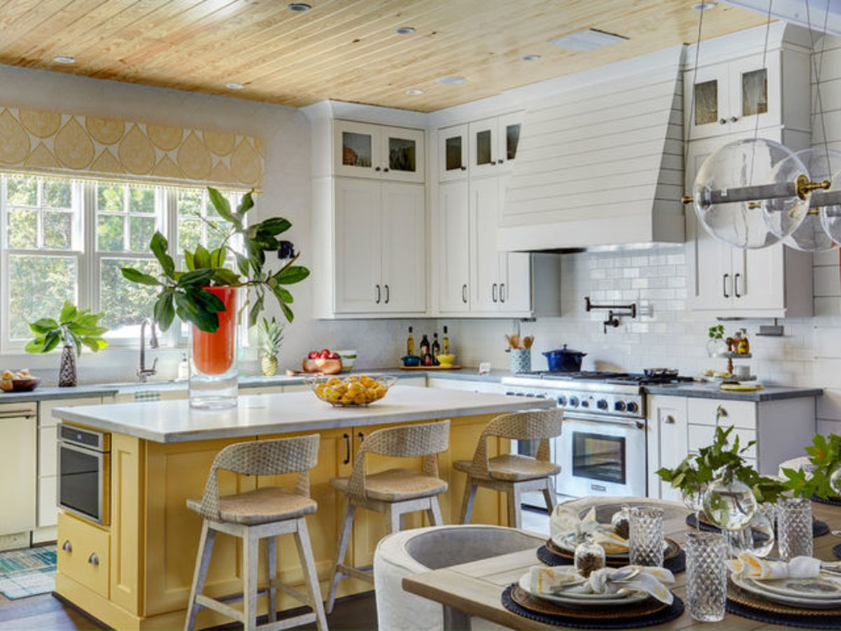 13 essentials for a charming farmhousestyle kitchen