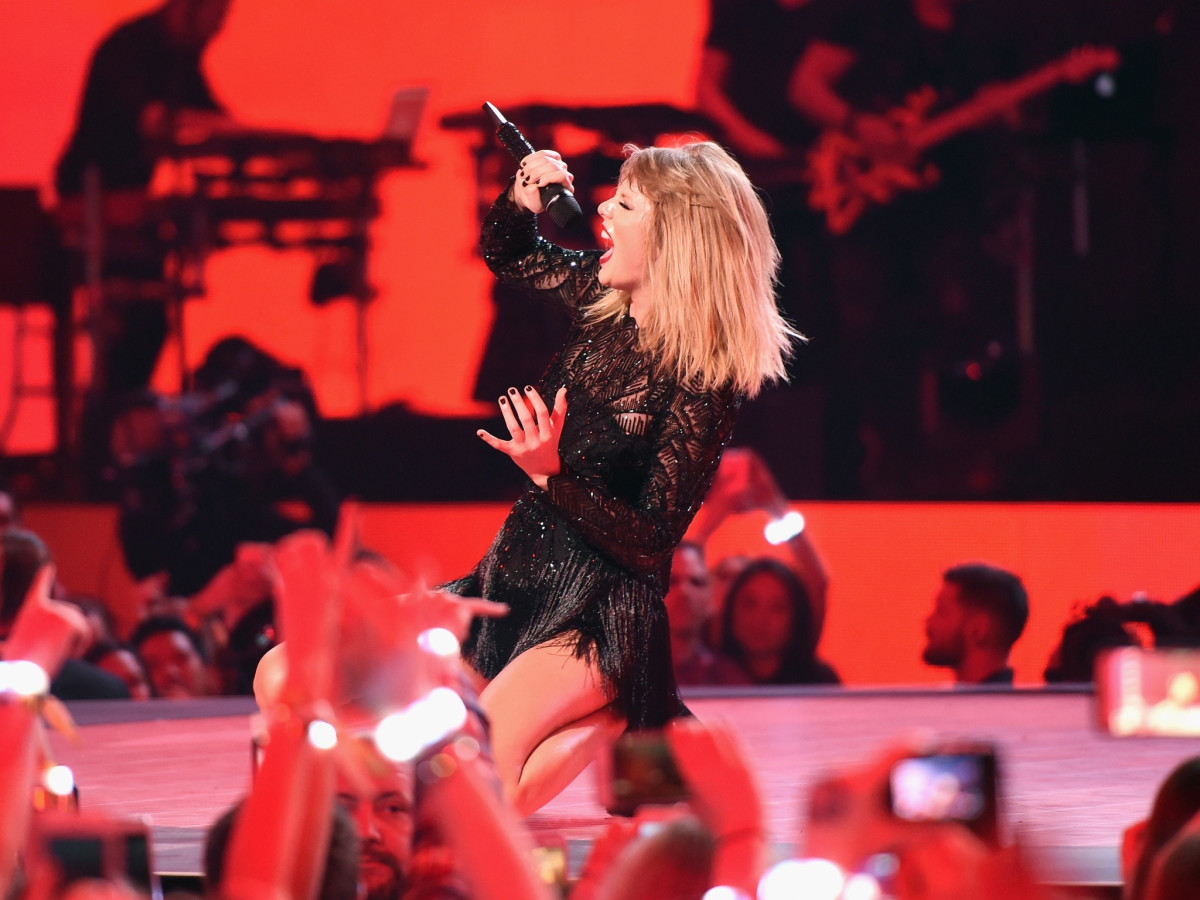 Dallas gets a date with Taylor Swift on pop queen's 2018