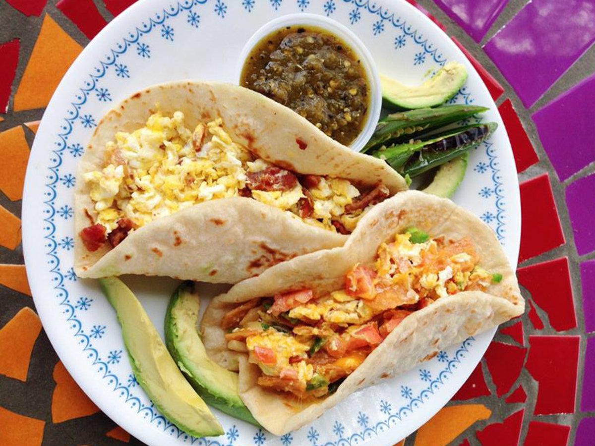 10 Delicious Breakfast Tacos Waking Up San Antonio