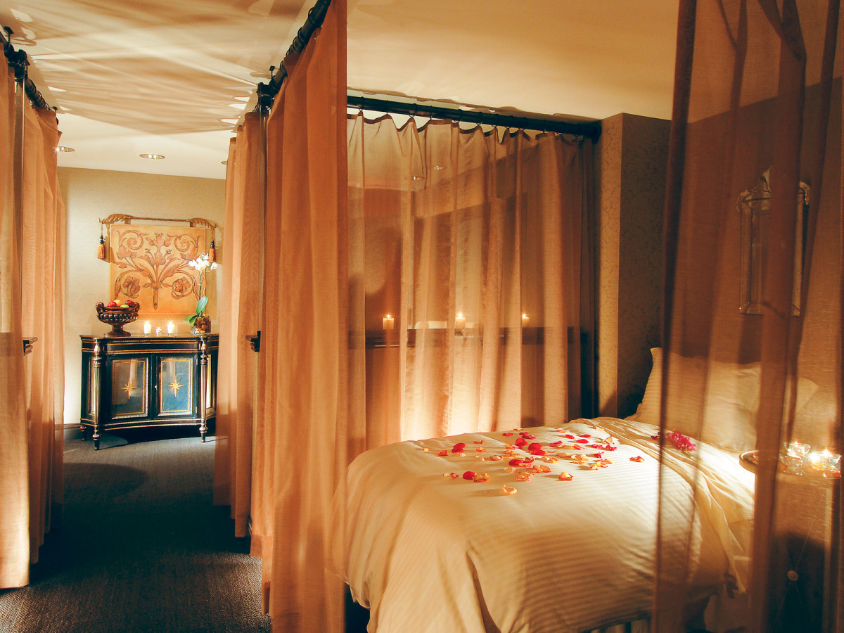 6 Dallas hotel escapes to pamper your sweetie after