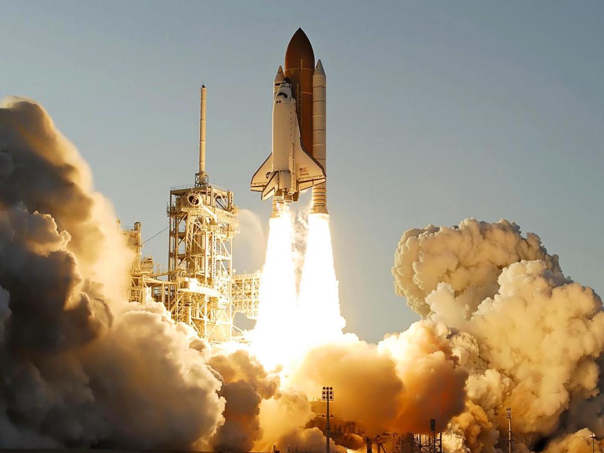 Faithful K.s.c Space Shuttle Fla Charm