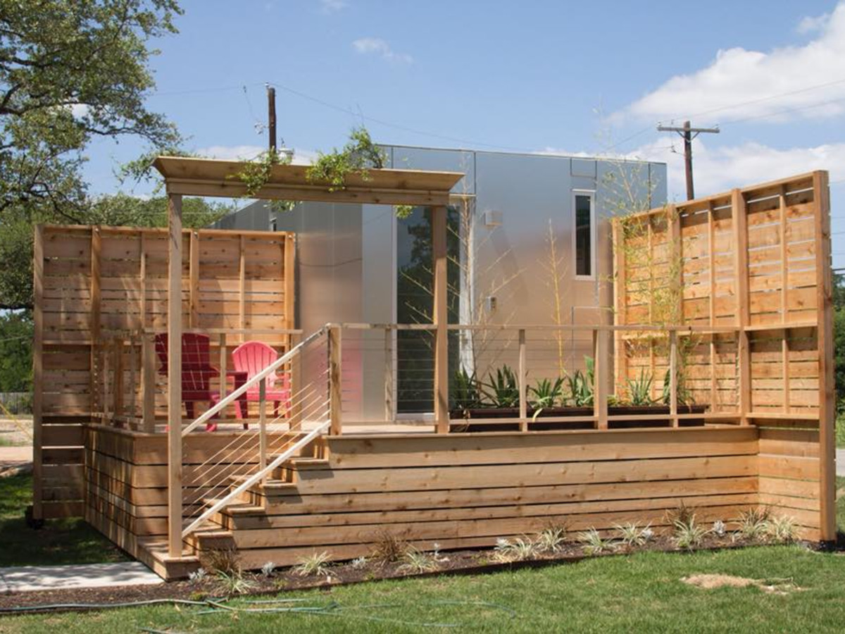 Austin S First Ever Tiny Home Convention Opens Doors To Small Living