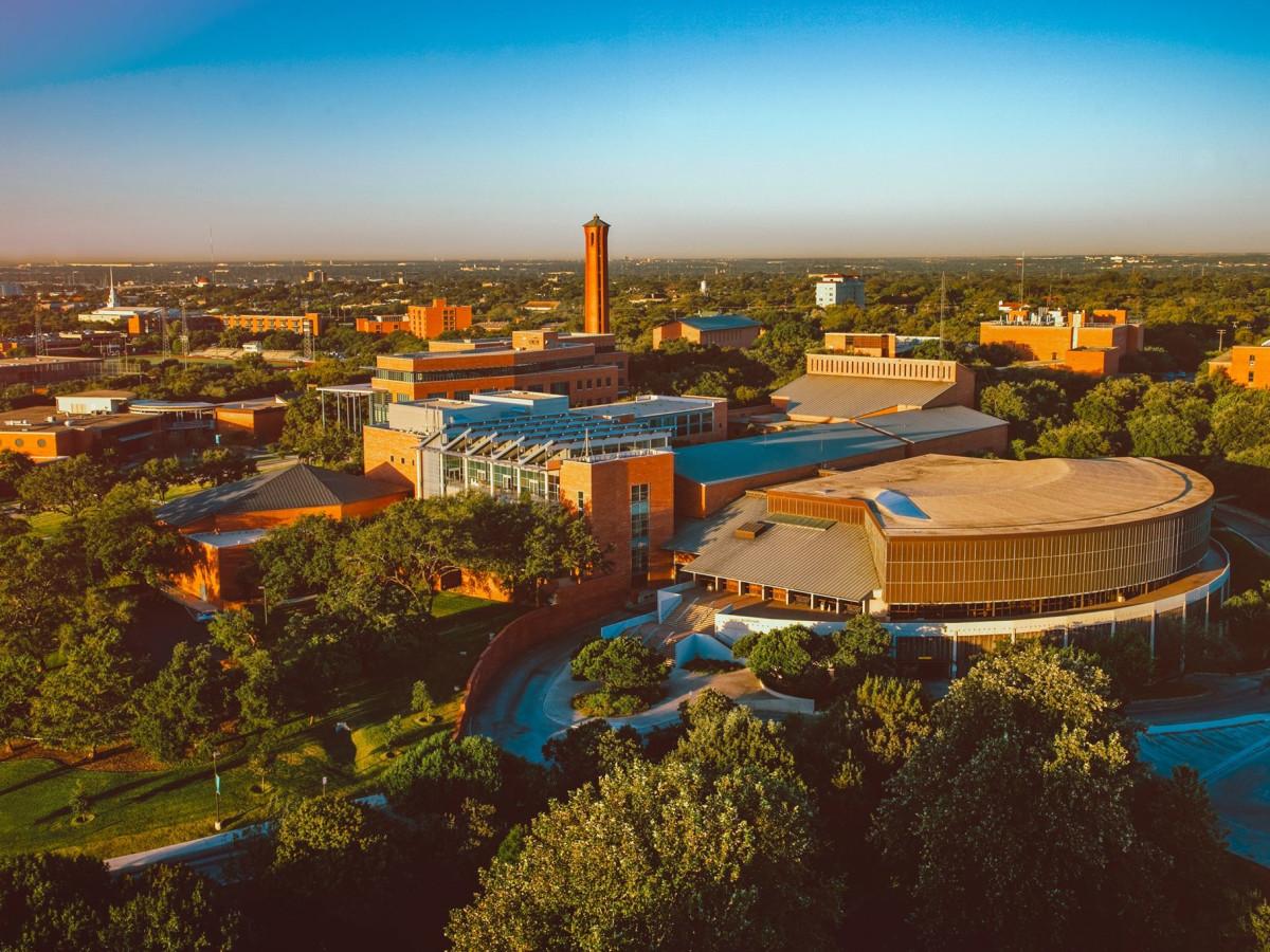 Surprise school surpasses Rice as best university in Texas