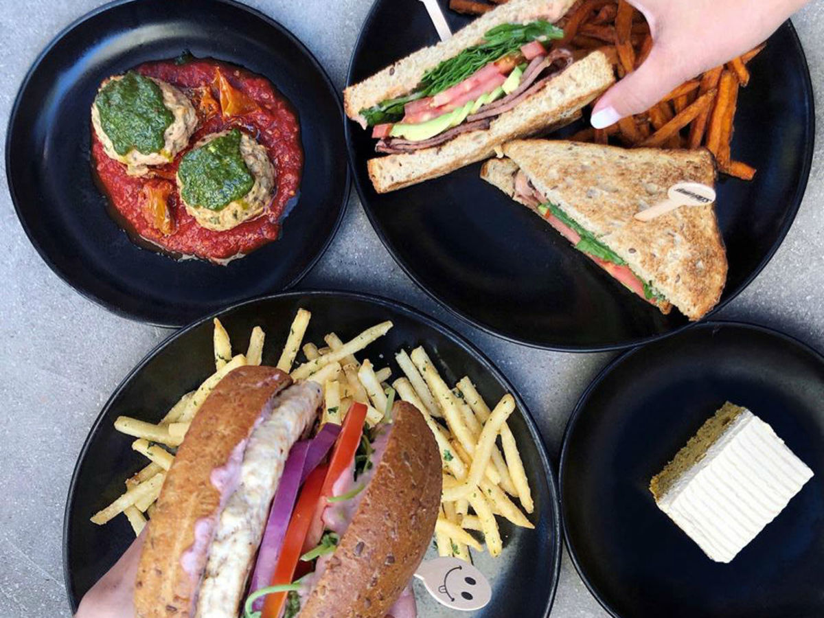 Fun Healthy Skinnyfats Restaurant From Las Vegas Expands To