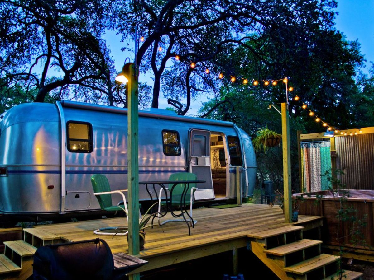Airstream For Sale Texas >> 6 Texas Getaways Featuring Airstream Accommodations For