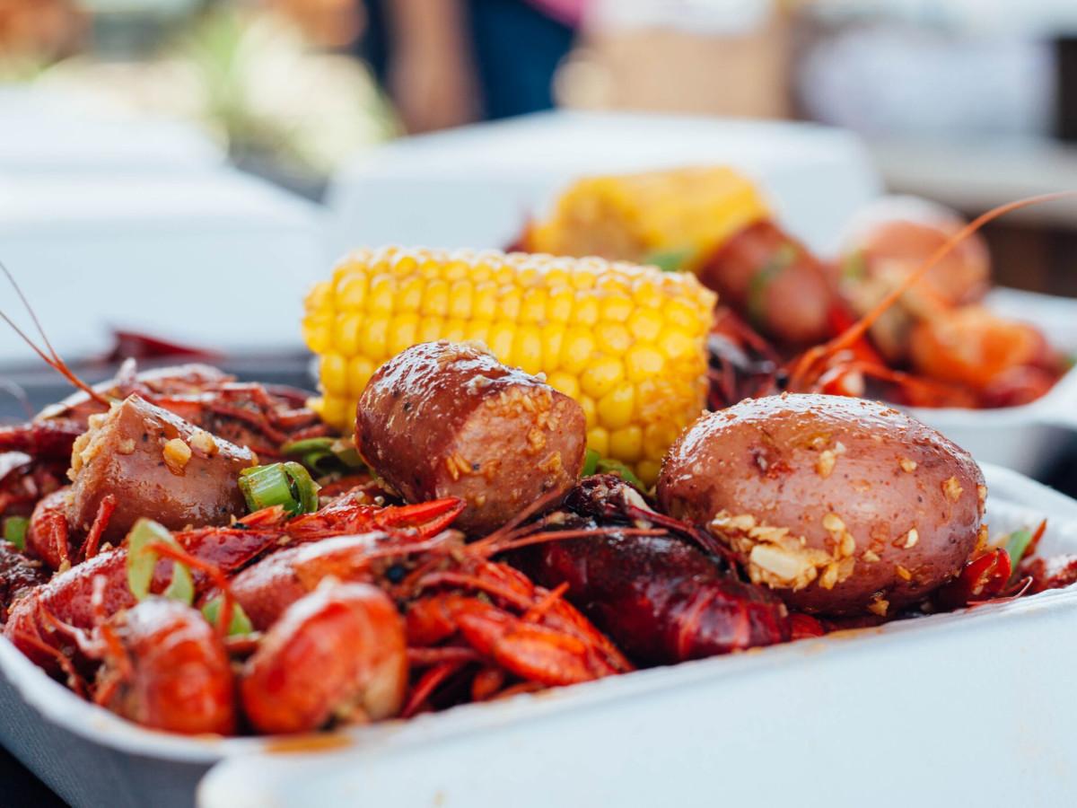 Acclaimed San Antonio Seafood Restaurant Boils Up New