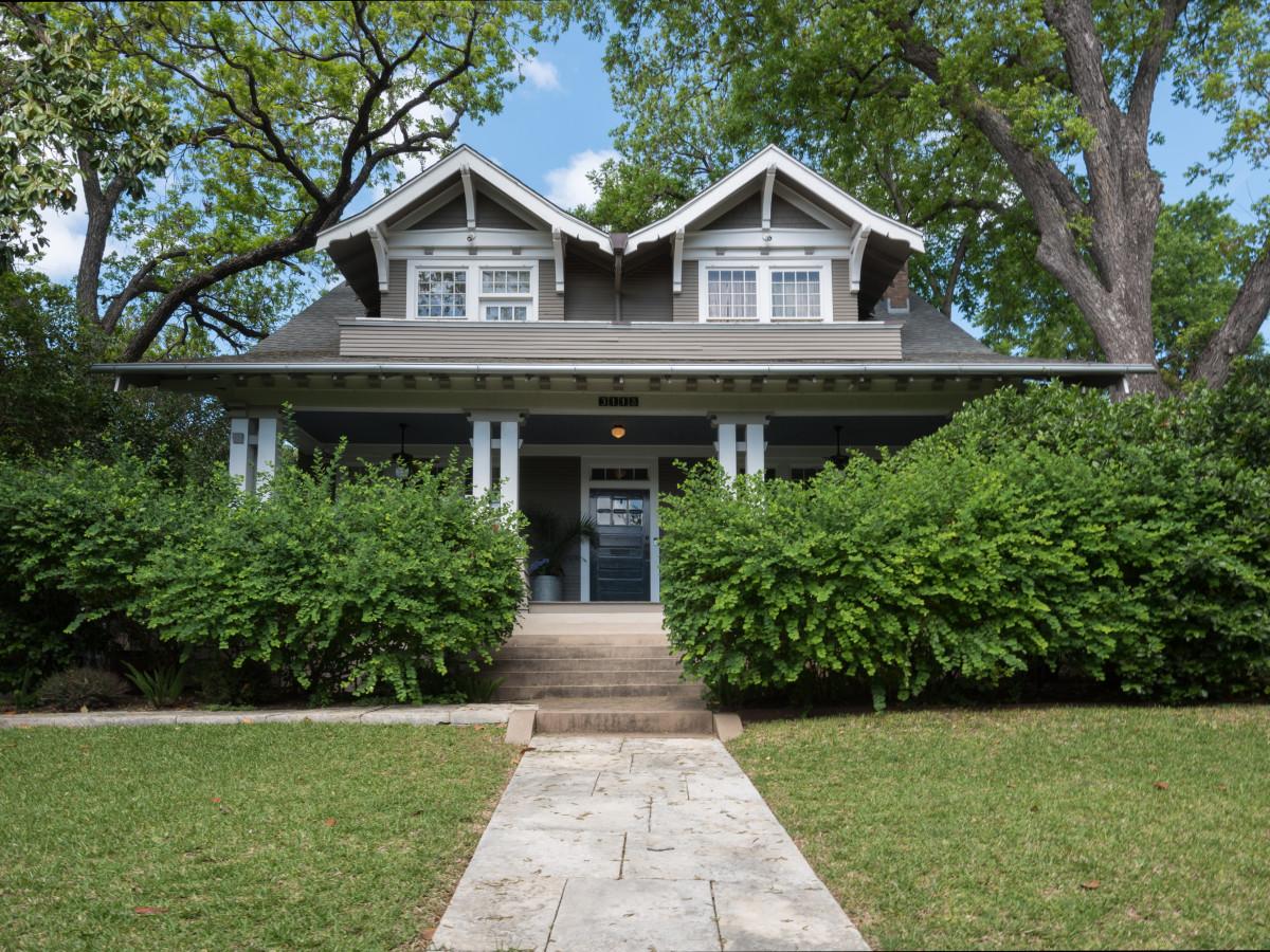 Step Inside Austin Homes Preserving Craftsman Style On Historic Tour