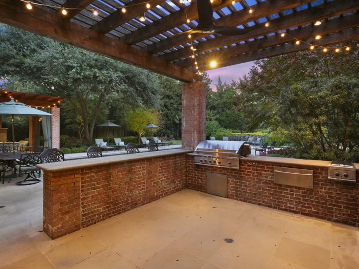 Celebrity preacher's former White Rock mansion hits market