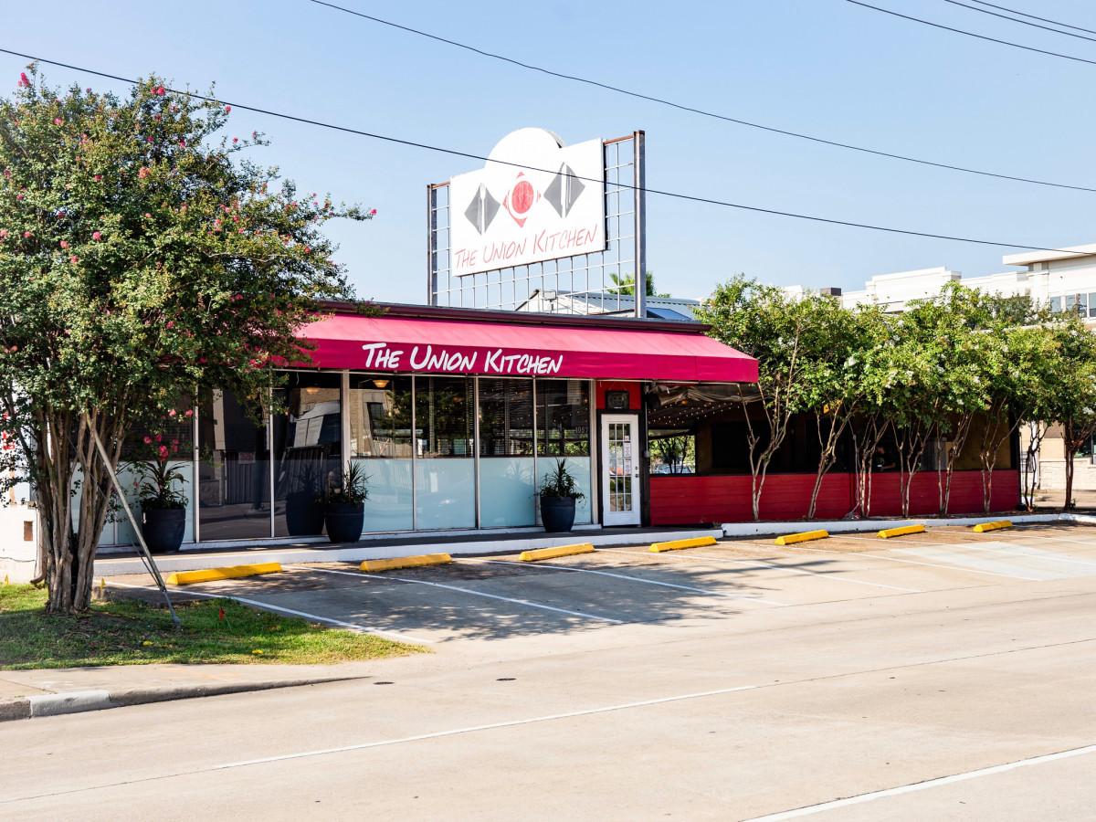 Popular Houston Restaurant Serves Up Sunny New Northside