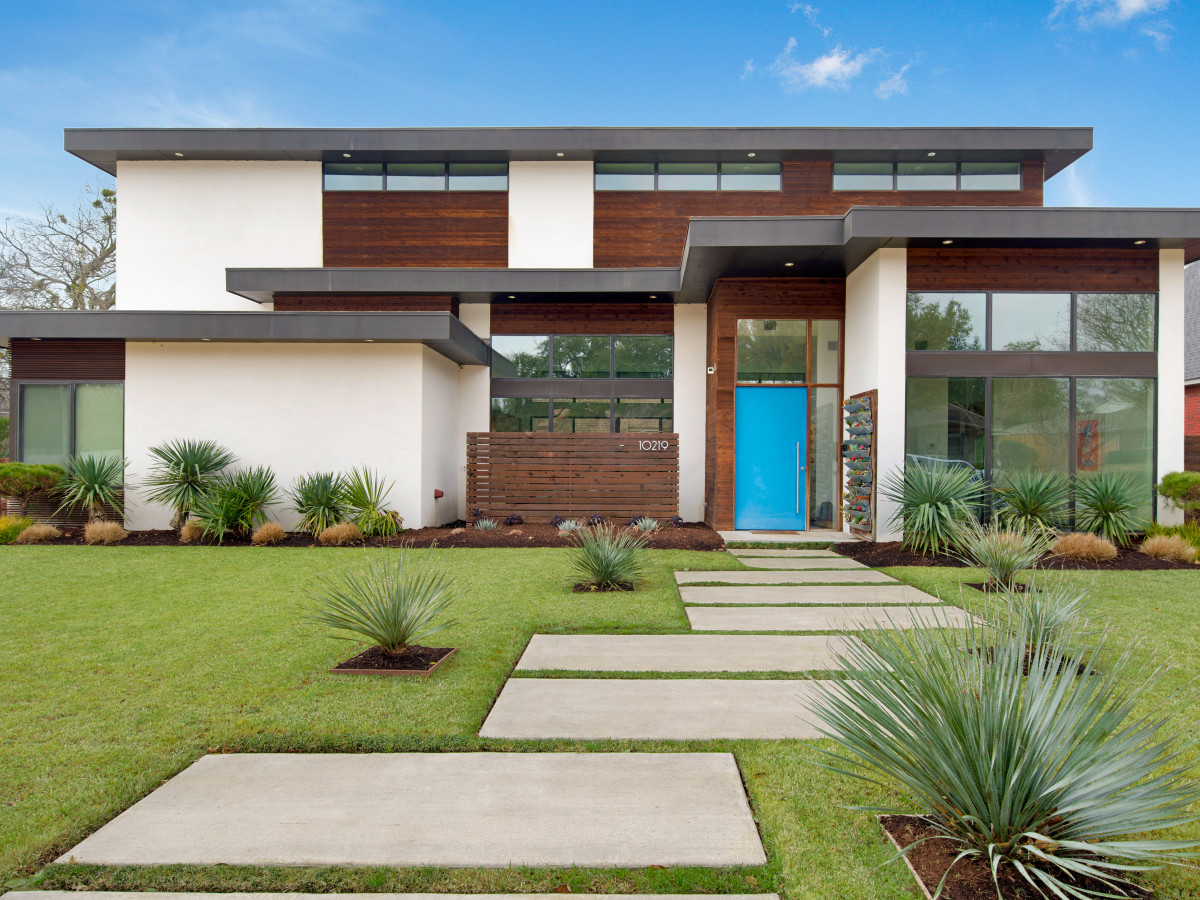 Peek Inside These 7 Diverse Houses On Lake Highlands Spring Home