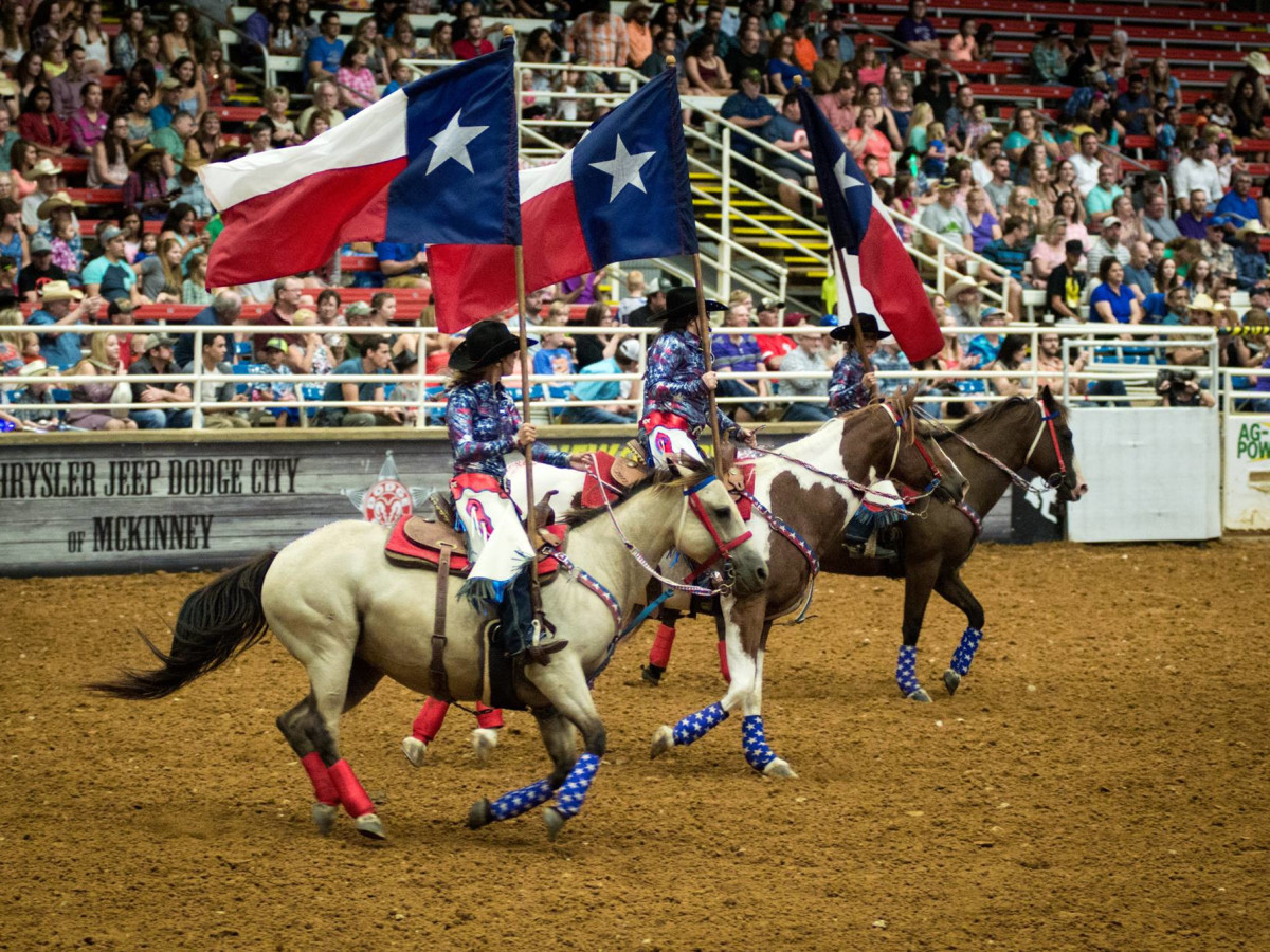 3 Small Town Texas Rodeos Just A Quick Gallop From Austin