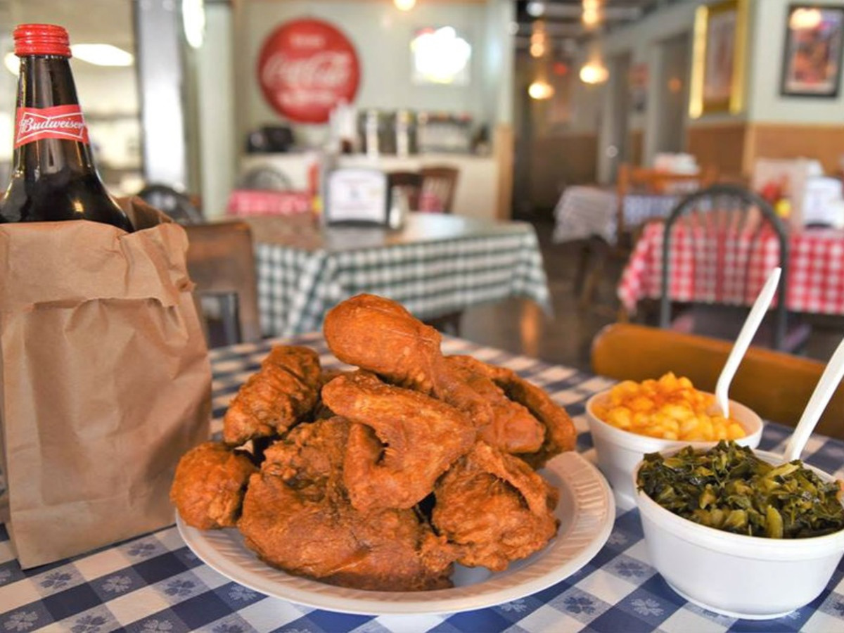 Gus S World Famous Fried Chicken Is Coming To Dallas Deep