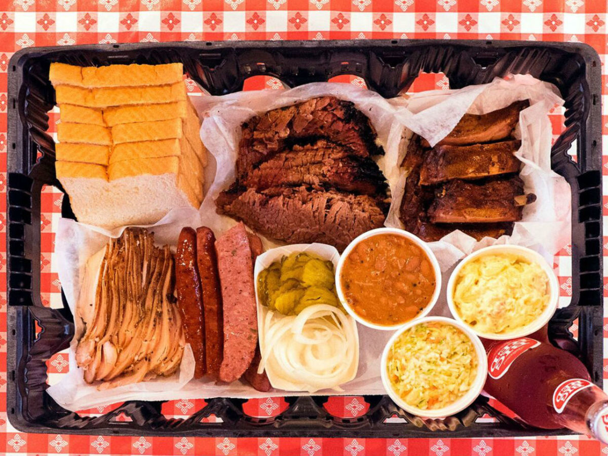 Rudy S Country Store Bbq Brings New Brisket Outpost For