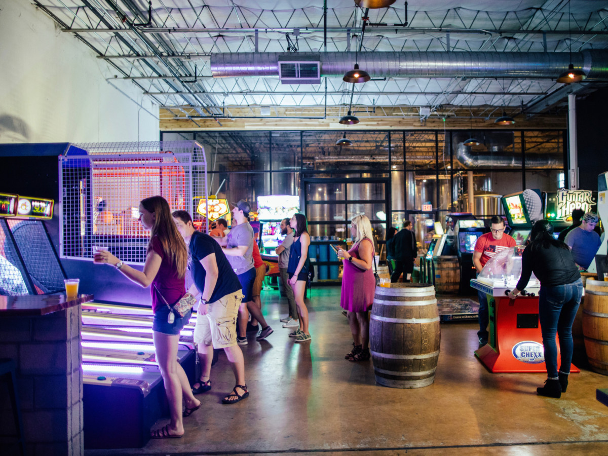 Dallas-based arcade and cider paradise pops open new Austin