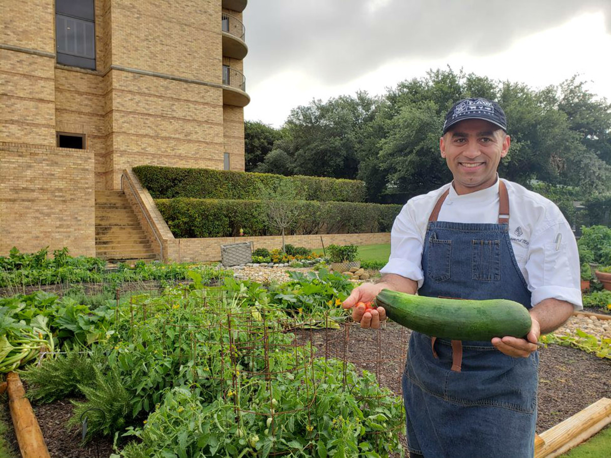 Four Seasons Las Colinas Plants A Stake In Hot Farm To Table Trend